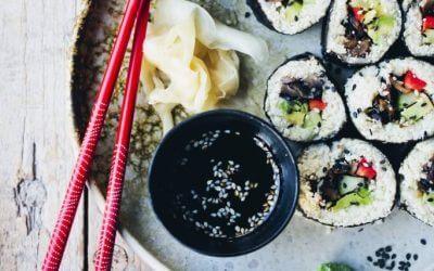 The Green Kitchen: Sushi met paddenstoelen en bloemkoolrijst