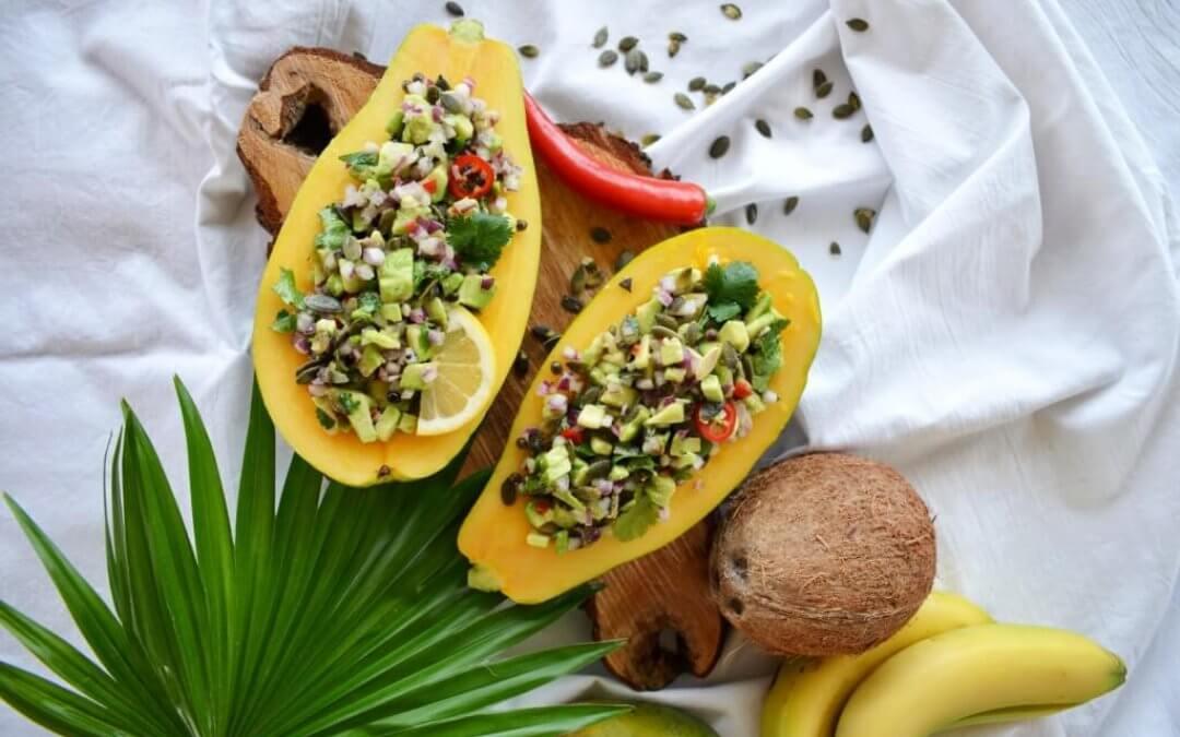TRENDING: Papaya met pittige avocadosalsa